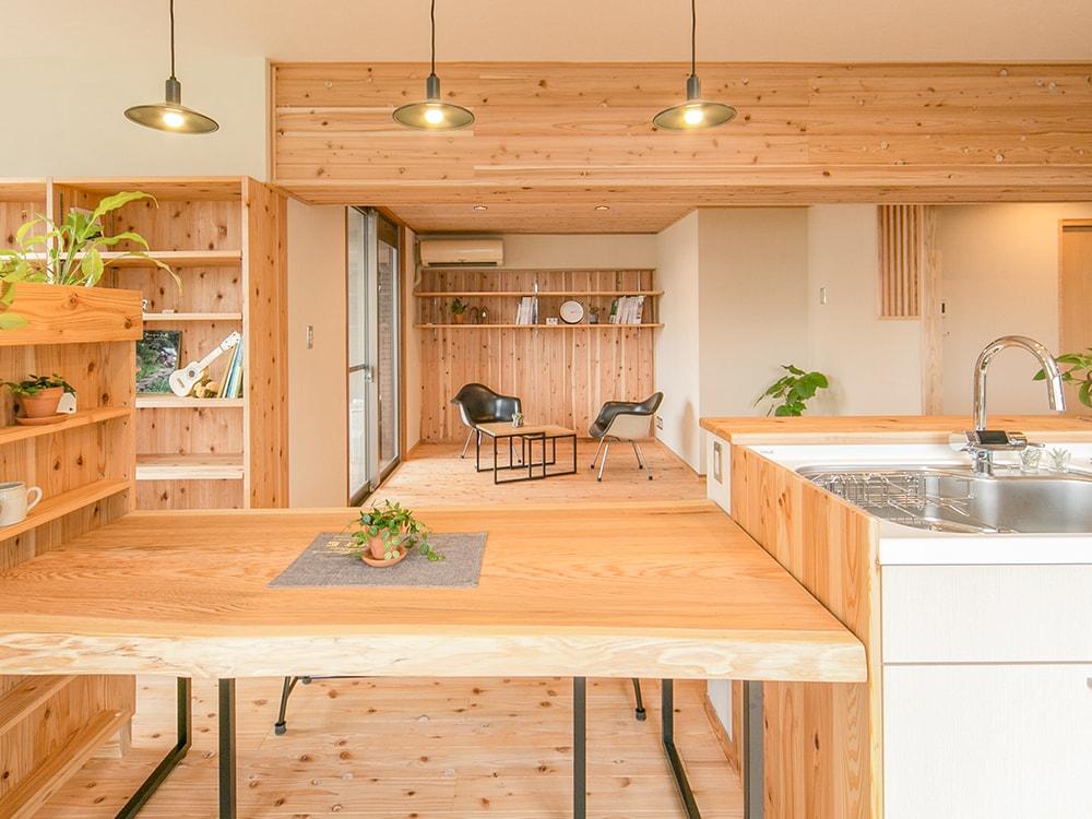 木箱 Imagawa|リビングルームの写真