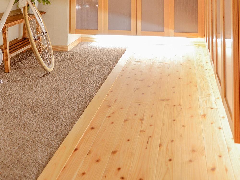 木箱 Imaizumi 玄関の写真
