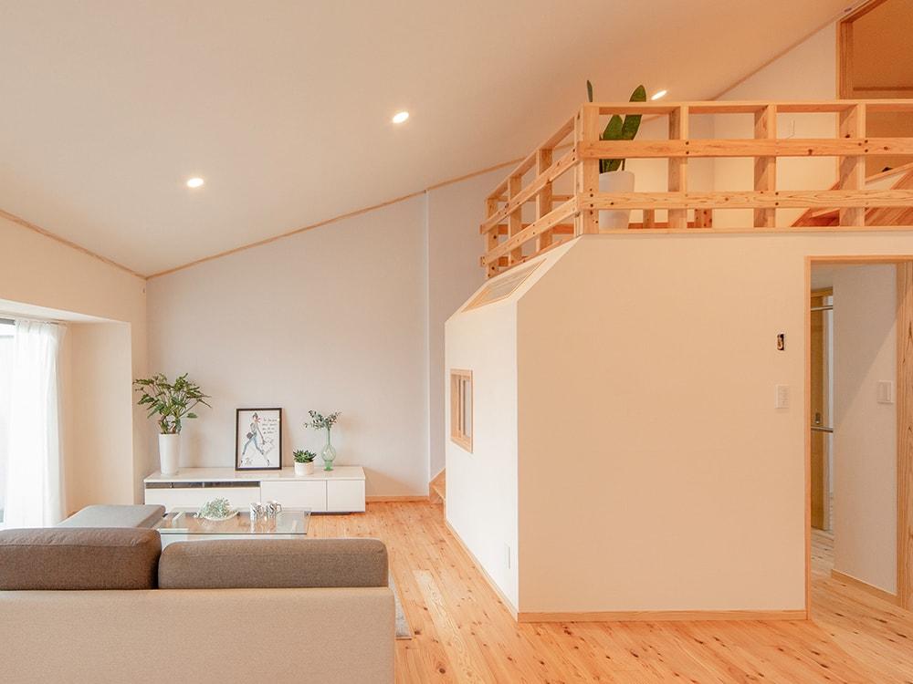 木箱 Meinohama|リビングの写真
