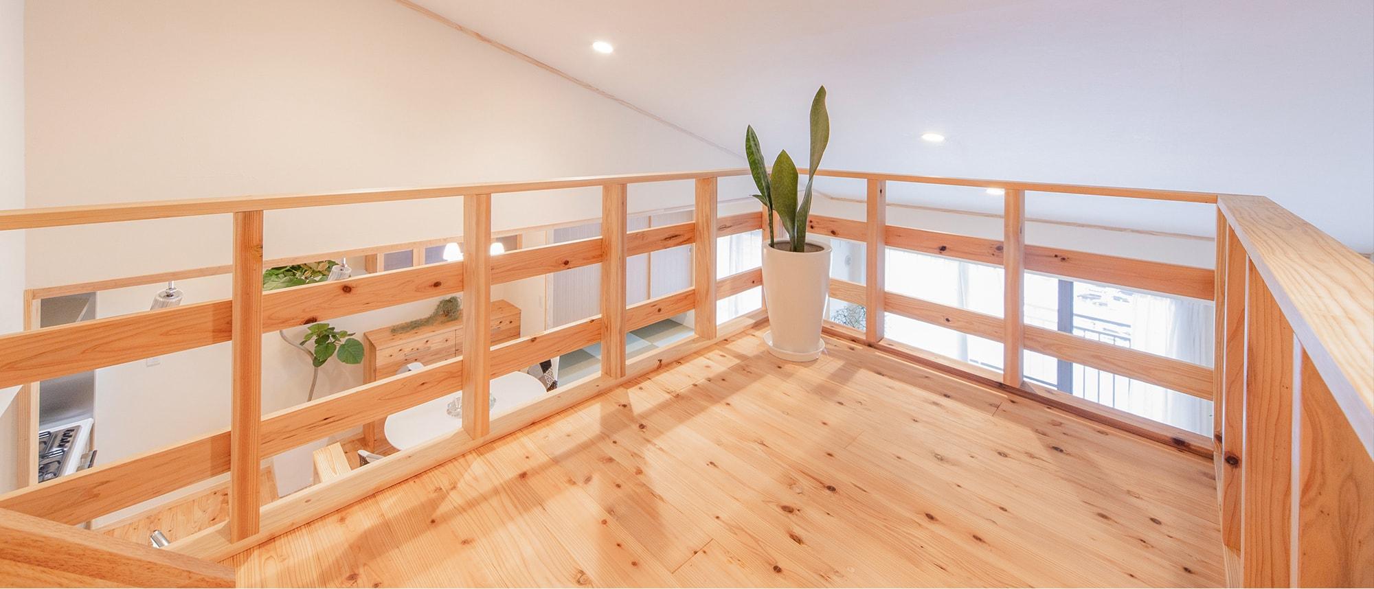 木箱 Meinohama 室内テラスの写真